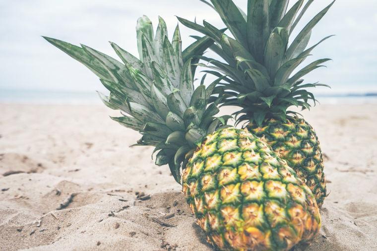 Bromelain - Ananas am Strand